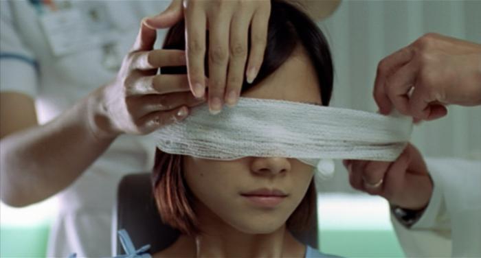 Как помочь ребенку, если ему нужно носить повязку на глазу при амблиопии: рекомендации для родителей